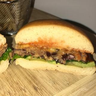 burger vegan cut (2)